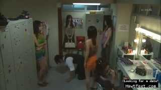 getlinkyoutube.com-Femdom Trampling scene from unknown asian movie