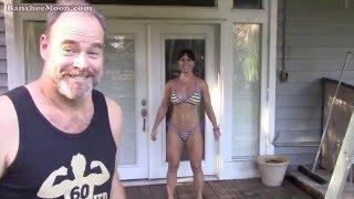 getlinkyoutube.com-Exoman spray tanning Farm Girl using Tango Sun spray tanning solution