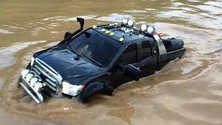 "getlinkyoutube.com-Tamiya Toyota Tundra Highlift brushless as ""SUBMARINE"" !!!"