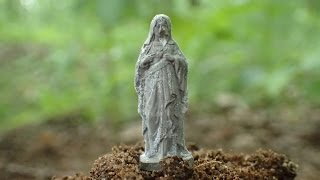 getlinkyoutube.com-Unbeliveable WW2 artifact found. Holy Madonna.