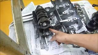 getlinkyoutube.com-ZXR400Rレース用エンジン組立1  Rとスタンダード