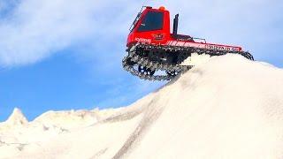 getlinkyoutube.com-RC ADVENTURES - Modded Kyosho Blizzard, Virgin Snow Run - Tracked Machine