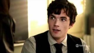 getlinkyoutube.com-1x01 Aria & Ezra #3