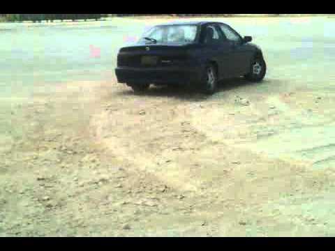 Honda Torneo Lose gravel powersliding