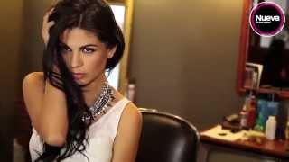 getlinkyoutube.com-África Zavala sacó su lado más sexy y atrevido ante las cámaras de Nueva