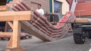 getlinkyoutube.com-Augsburger Holzhaus: Bruchversuch einer Holz Beton Verbunddecke  Typ AHHBV6/6