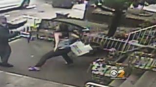 getlinkyoutube.com-Exclusive: Postal Worker Attacked