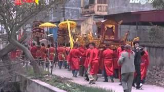 Clip Toàn cảnh lễ hội chém lợn ở Ném Thượng