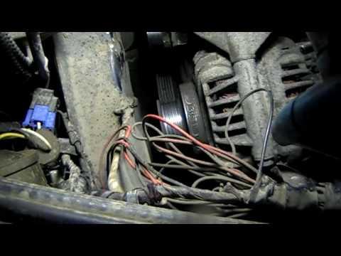 Рено Логан почему пищит ремень генератора (как снять генератор)/Renault Logan remove a generator