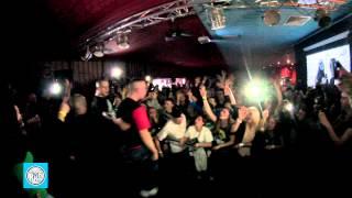 getlinkyoutube.com-Relacja - koncert premierowy Śliwa - Chłopak z sąsiedztwa @ 9stóp, Poznań 06.03.2015