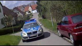 getlinkyoutube.com-4 Minuten Verfolgungsjagd Polizei vs. Roller - German Scooter Police Chase