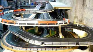 getlinkyoutube.com-Circuit slot racing scalextric digital 45m - 6 voitures - Bourgogne - P2