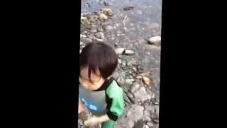 getlinkyoutube.com-児童相談所子ども拉致、児童虐待と決めつけられている男の子です