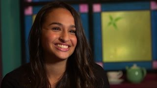 getlinkyoutube.com-Transgender Teen Jazz Jennings Begins New Chapter