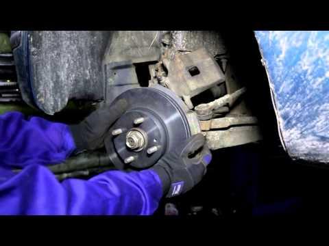 Замена тормозных колодок и дисков на мазде 323F