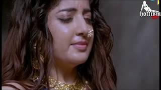 Hottism : Poonam Kaur hot Navel massage