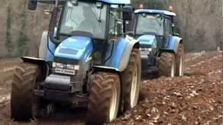getlinkyoutube.com-New Holland TM 155 & 175 plowing with Kverneland 4 & 5 schar plows