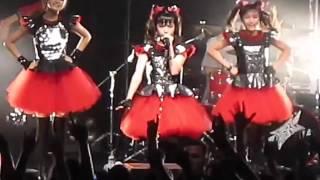 getlinkyoutube.com-BABYMETAL - YUI ちゃん - MOAちゃん ( Lead Vocal )  ヘドバンギャー!! Headbanger!!   2014
