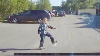 getlinkyoutube.com-Children on the road / Car Crash Compilation