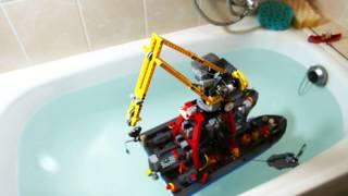 getlinkyoutube.com-Lego Technic Motorized Floating Crane