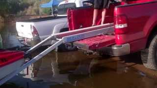 getlinkyoutube.com-Jet Ski Truck Bed Loader