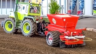getlinkyoutube.com-RC tractor MB-Trac 45KG(!) in 1:8 scale sows a field! Amazing R/C model!