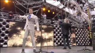 getlinkyoutube.com-Bee Gees Jive  - Talkin + To Love Somebody HQ Princes Trust Concert 2006 Live