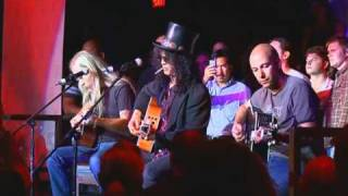 "getlinkyoutube.com-Slash, Tom Morello & Jerry Cantrell perform ""Wish You Were Here"""