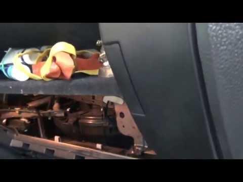 Где у Lincoln Aviator находится фильтр кондиционера