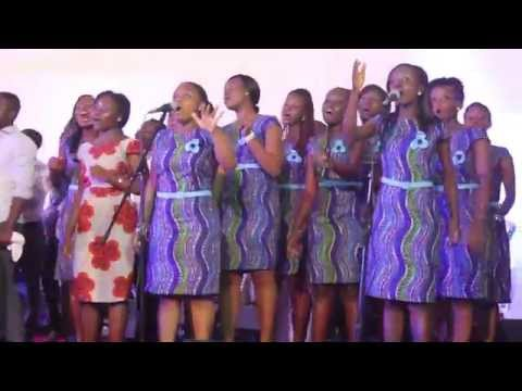 Bismark Takyi - Performing with Family Choir @ University Of Ghana, Legon
