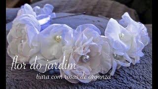 getlinkyoutube.com-Rosas de organza e miolo com perolas passo a passo