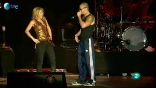 getlinkyoutube.com-Gordita - Shakira y René de Calle 13 - Rock in Rio Madrid 2010
