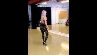 getlinkyoutube.com-Kizomba ladystyling Sara Lopez 3/8-13
