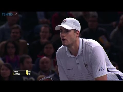 Murray hustles to save a break point: 2016 ATP Masters 1000 Bercy final