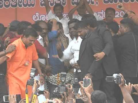 Pavan kalyan speech in kolar in  BJP campaign part1