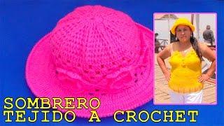 getlinkyoutube.com-Sombrero tejido a crochet con aplicaciones de rosas