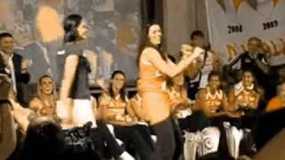 getlinkyoutube.com-Jaqueline Carvalho dançando funk e samba!