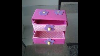 getlinkyoutube.com-Como fazer caixa organizadora com gavetas,usando caixinhas de leite parte 1