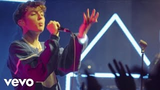 getlinkyoutube.com-Troye Sivan - WILD (Live) (Vevo LIFT)