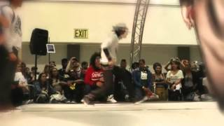 getlinkyoutube.com-(Les Twins) Larry - Footwork