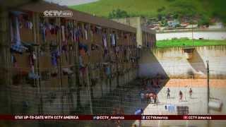 getlinkyoutube.com-A Look at Brazil's Overflowing Prisons
