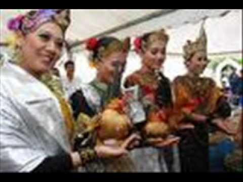 Aye Seramo(Ayam Serama)-Fendi.wmv