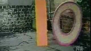 getlinkyoutube.com-Sesame Street - Numbers in the park - 20