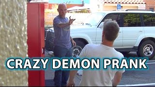 getlinkyoutube.com-Creepy DEMON PRANK! Epic Magic Scare Trick!