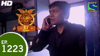 CID - सी ई डी - CID In Train 2 - Episode 1223 - 2nd May 2015 width=
