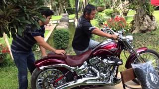 getlinkyoutube.com-2013 Harley-Davidson FXSB Breakout - New for 2013.5 คันที่ 7 ครับ