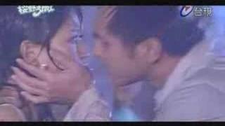 getlinkyoutube.com-Ying Ye 3 + 1 MV [La La La]