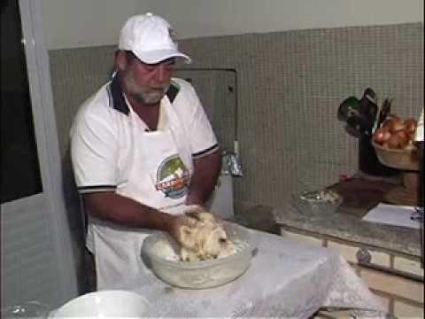 Receitas do Gilmar - Pão de Torresmo