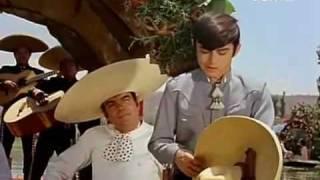 getlinkyoutube.com-Joselito - La luna y el toro.avi