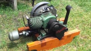 getlinkyoutube.com-Maytag Model 92 washing machine engine HIT MISS 1937